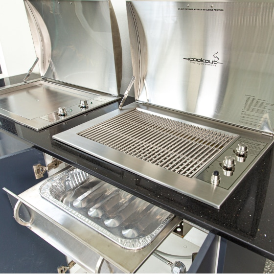 Cookout Infinity Gas Grill Built In BBQ